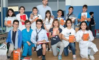 Associação dos Antigos Alunos da Escola Oliveira Lopes distinguiu alunos finalistas