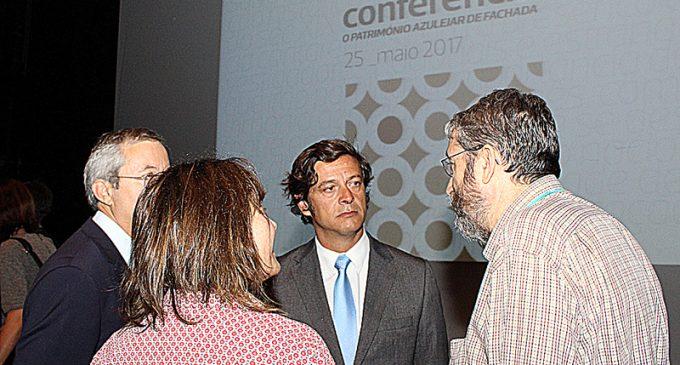"""Conferência """"O Património Azulejar De Fachada"""" abriu Azzelij 2017"""