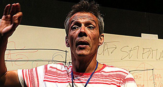 """Nuno Cardoso regressou ao palco do Centro de Arte de Ovar para apresentar """"APEADEIRO"""""""