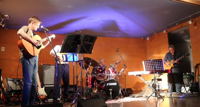 Auditório do Orfeão de Ovar abriu as portas para um concerto Fora de Moda