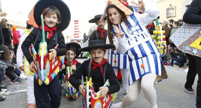 Mais de 2100 crianças saíram à rua, para mais uma edição do Carnaval Infantil
