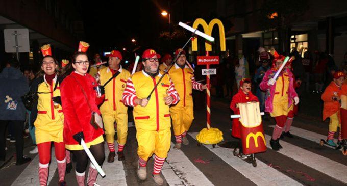 Desfile da Farrapada regressou ao centro da cidade de Ovar, para a sua terceira edição
