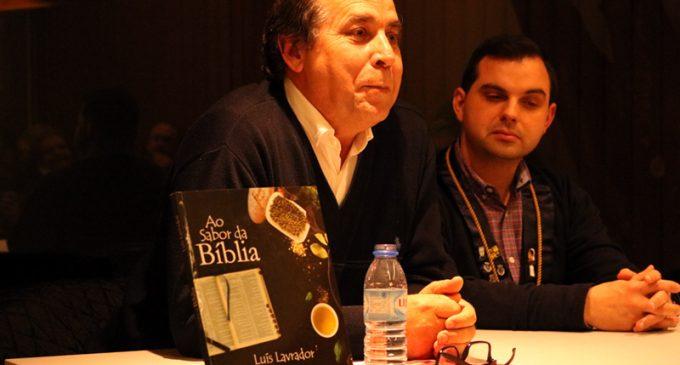 """Luís Lavrador apresentou """"Ao Sabor da Bíblia"""", no Museu Júlio Dinis"""