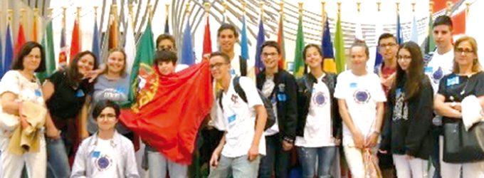 Alunos da Escola Secundária José Macedo Fragateiro visitaram o Parlamento Europeu