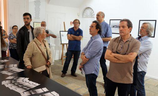 Filipe Neto expõe fotografia de arquitetura