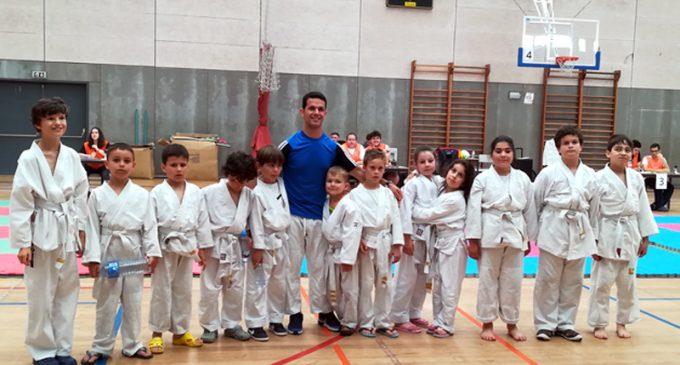 Pavilhão da Escola Secundária José Macedo Fragateiro acolheu a terceira etapa do Torneio Moliceiro