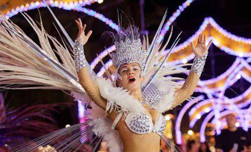 Carnaval de Ovar voltou a desfilar na Feira de São Mateus