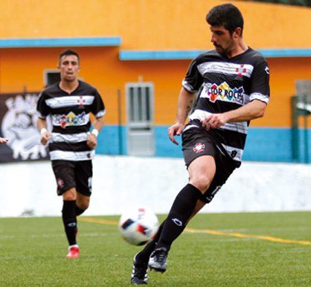 Futebol: Ovarense regressou aos triunfos com 'chapa 4' ao Estarreja