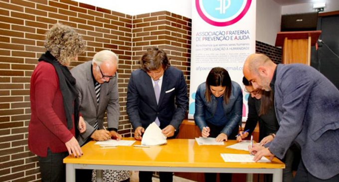 Câmara Municipal de Ovar outorgou Protocolo de Cooperação com a Associação Fraterna de Prevenção e Ajuda, o Hospital de Ovar, a Liga dos Amigos do Hospital de Ovar e a Junta de Freguesia de Esmoriz