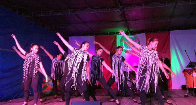 Companhia Vareira e CV Kids marcaram presença na eleição do samba-enredo da Juventude Vareira