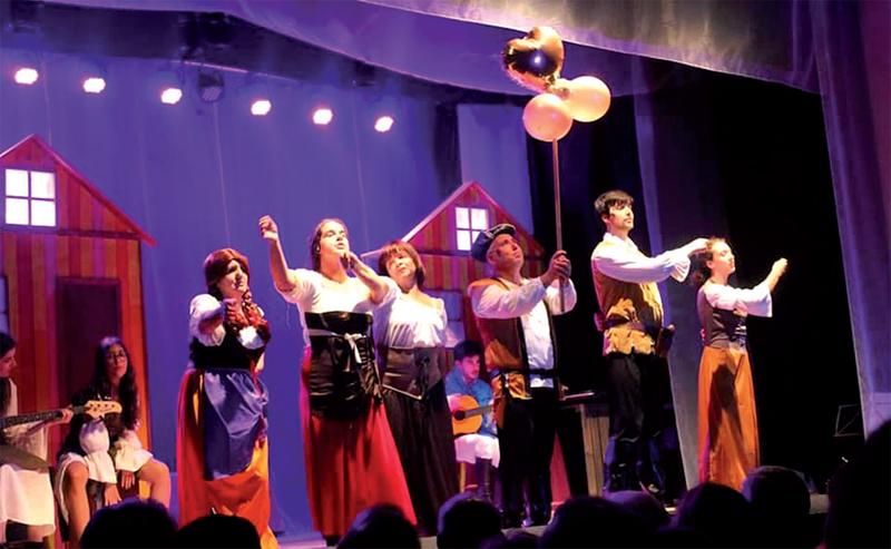 """Estreia da peça """"Rapunzel – Uma aventura musical"""" marcou o arranque do 20º Festival de Teatro de Esmoriz"""
