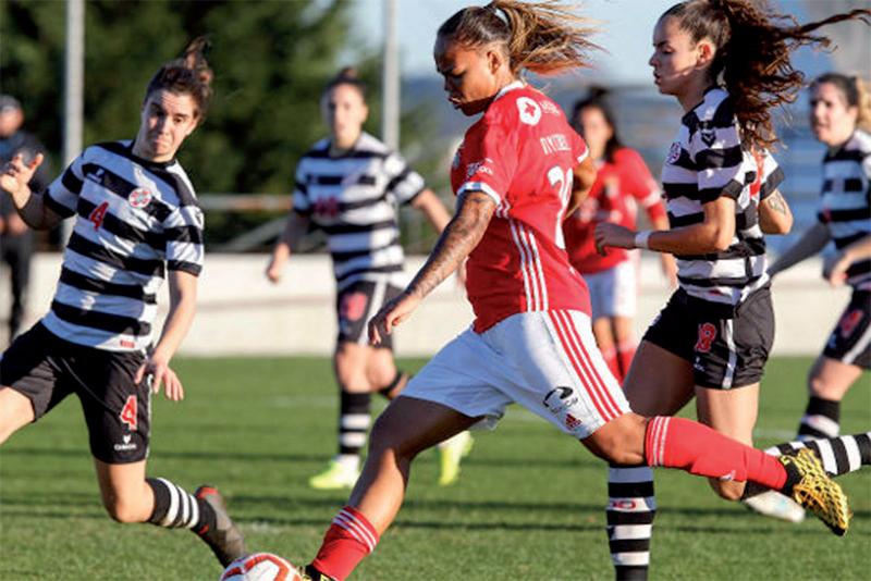 Benfica goleou as alvinegras