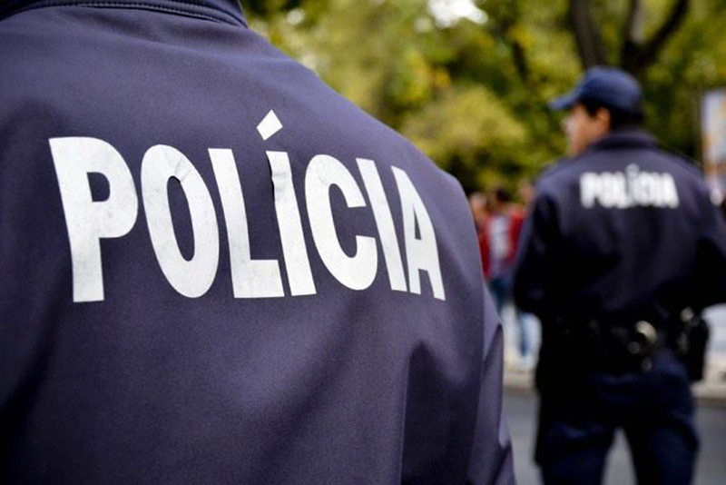 PSP de Ovar deteve homem que danificou viatura policial