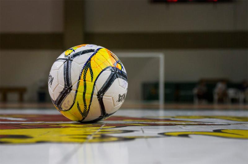 Futsal: Arada estreou-se com uma derrota