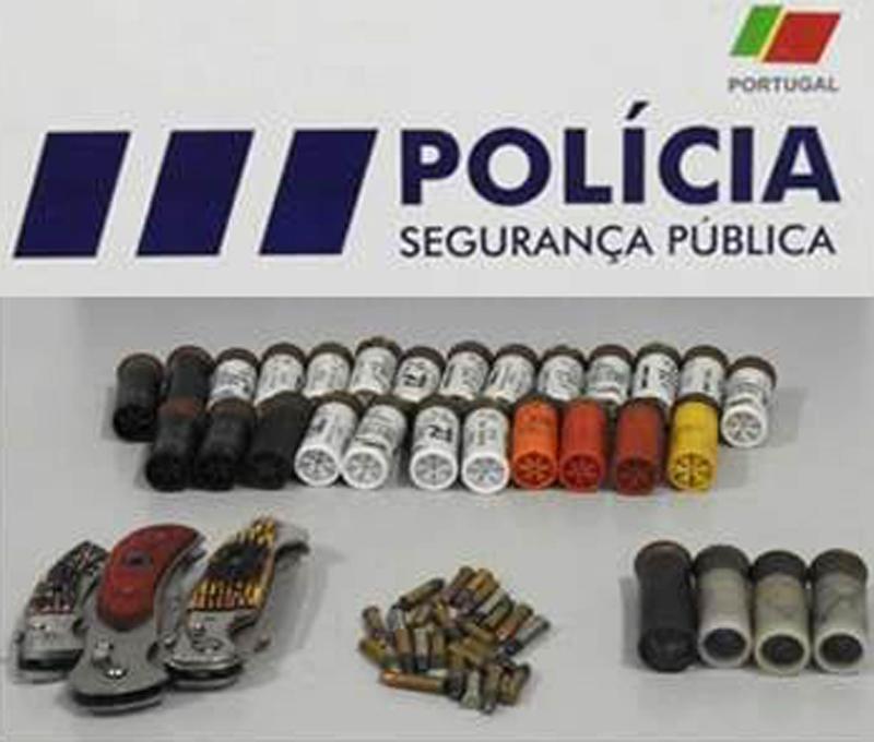 PSP apreendeu munições e armas brancas em casa de septuagenário