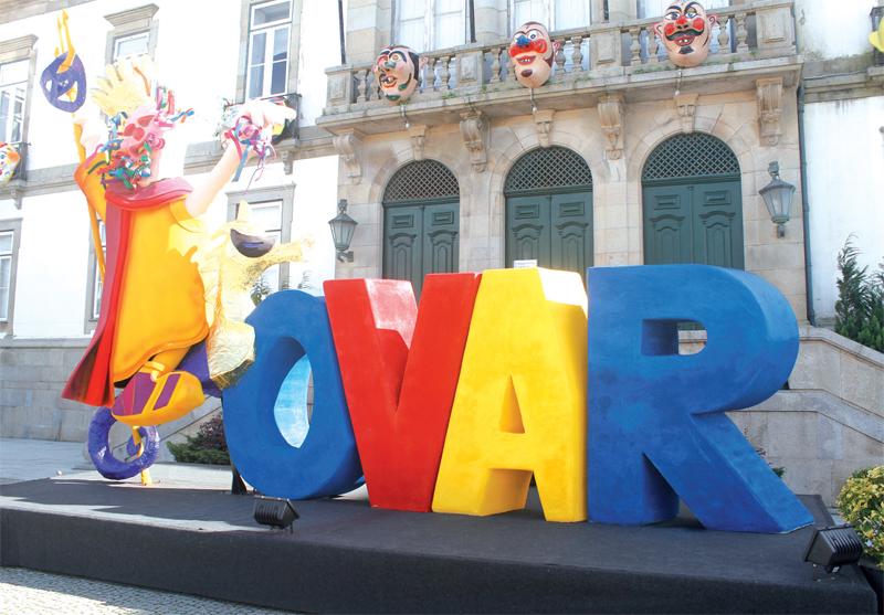Foliões festejaram o Carnaval de Ovar em casa