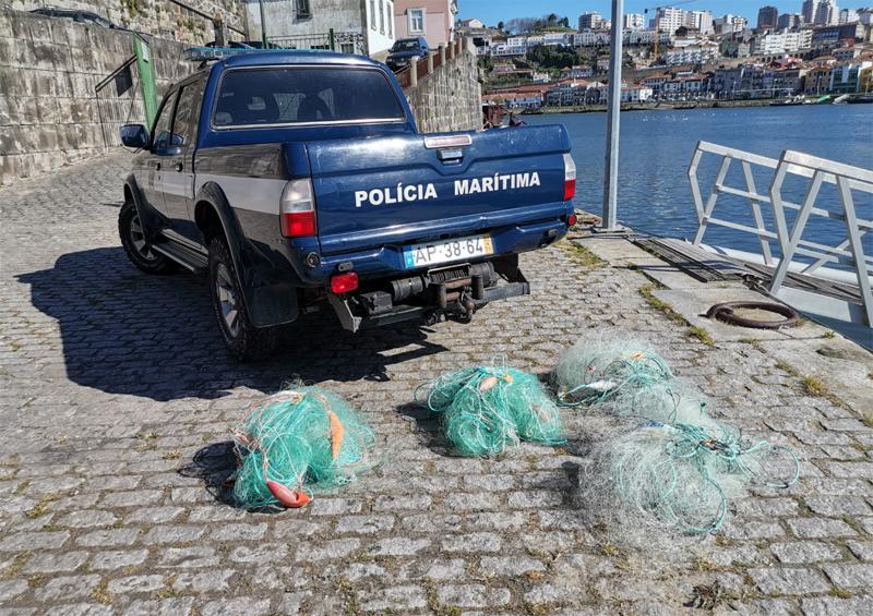Polícia Marítima apreendeu redes de tresmalho em Esmoriz e Cortegaça